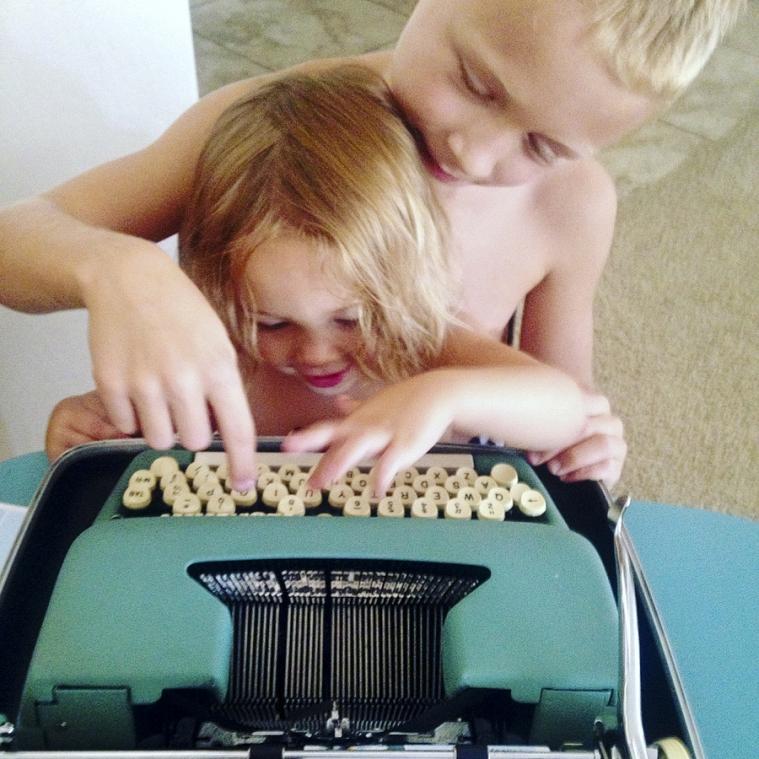 lifeasyouliveit.com/blog homeschool typewriter lifeasyouliveit